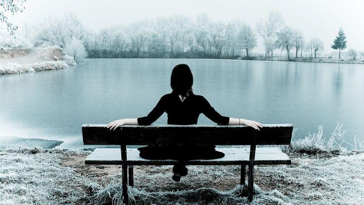 половина населения страдает от депрессий