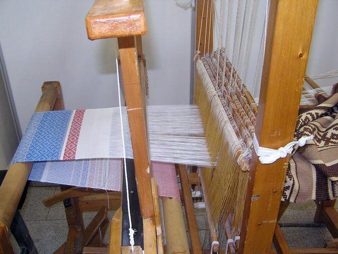старинный ткацкий станок